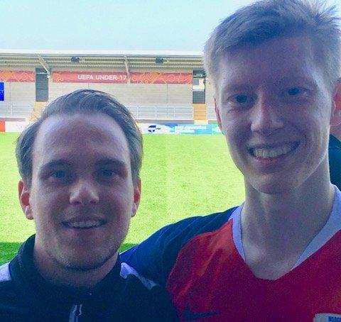 Didrik Sundsbø og Ole Martin Kolskogen i England under U17 EM